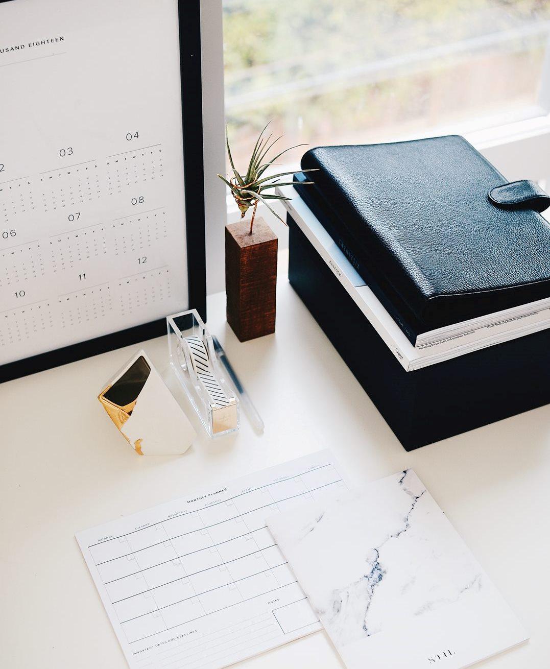 Рабочий стол и блокноты